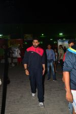 Abhishek Bachchan snapped post soccer match on 29th May 2016 (10)_574bc7f96d361.JPG