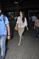 Shraddha Kapoor snapped at airport on 29th May 2016 (16)_574bc87337764.JPG