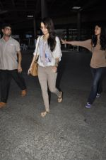 Shraddha Kapoor snapped at airport on 29th May 2016 (17)_574bc87460e73.JPG