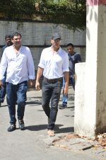 Akshay Kumar at Vikas Mohan funeral in Mumbai on 31st May 2016