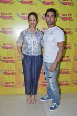 Yami Gautam and Pulkit Samrat at radio mirchi on 31st May 2016