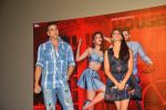 Jacqueline Fernandez, Akshay Kumar at Housefull 3 press meet in Mumbai on 1st June 2016