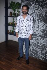 Rahul Mahajan at Claudia Ciesla_s book launch in Mumbai on 1st June 2016 (70)_574fe5e9c8333.JPG