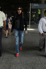 Sushmita Sen snapped at airport on 3rd June 2016 (21)_5752d3586d3a9.JPG