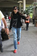 Sushmita Sen snapped at airport on 3rd June 2016 (23)_5752d35a91e4d.JPG