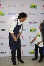 Vikas Khanna at Virat Kohli_s charity auction in Mumbai on 3rd June 2016 (89)_5752e0af750aa.JPG