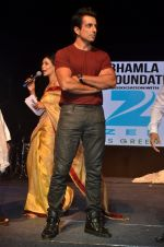 Sonu Sood at Asif Bhamla foundation event on world environment day in Mumbai on 5th June 2016 (45)_57551a7563fb4.JPG