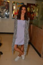 Alia Bhatt snapped in Mumbai on 6th June 2016