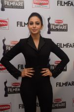 Rakul Preet Singh at 63RD FILMFARE AWARDS SOUTH 2016 PRESSMEET on 7th June 2016 (114)_5757ba7505d26.JPG