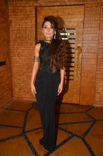 Sara Khan at the photo shoot on travel theme on 7th June 2016 (29)_5757b5fab068c.JPG