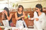 Ileana Dcruz, Lauren Gottlieb, Mouni Roy at Lauren Gottlieb organizes Leap for Hunger charity event on 8th June 2016