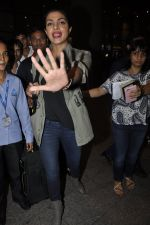 Priyanka Chopra snapped at airport on 8th June 2016 (6)_5759761888f9f.JPG