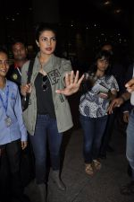 Priyanka Chopra snapped at airport on 8th June 2016 (7)_575976192bde4.JPG