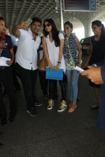 Shraddha Kapoor snapped at airport on 8th June 2016 (3)_5759767b47451.JPG