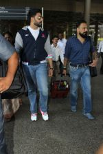 Abhishek Bachchan snapped at airport on 9th June 2016