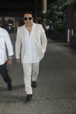 Govinda snapped at airport on 9th June 2016