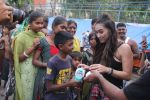 Lauren Gottlieb snapped interacting with street kids on 9th June 2016 (13)_575a82b1df957.JPG