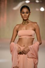 Model walks the ramp for Pernia Qureshi