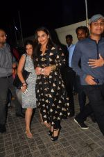 Vidya Balan at Te3n screenig on 9th June 2016 (36)_575a86c3d294e.JPG