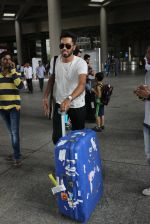 Hardik Pandya snapped at airport on 10th May 2016