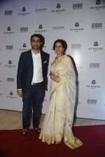 Shobhaa De at Jogen Chaudhry_s art event hosted by Gayatri Ruia and ST Regis on 10th June 2016 (20)_575c31f849fcc.JPG