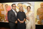 Shobhaa De at Jogen Chaudhry_s art event hosted by Gayatri Ruia and ST Regis on 10th June 2016 (27)_575c31fbeda8e.JPG