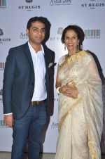 Shobhaa De at Jogen Chaudhry_s art event hosted by Gayatri Ruia and ST Regis on 10th June 2016 (99)_575c31ff157dd.JPG