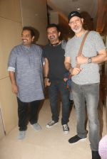 Music Director Shankar Ehsaan Loy at an event to support fight against Tobacco and Cancer and the cause in Mumbai on 11th June 2016 (10)_575d0dade9a9e.JPG