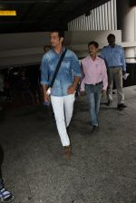 Sharman Joshi at the Airport on June 11th 2016 (1)_575cec146444a.JPG