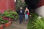 Shilpa Shetty with husband Raj Kundra at Jal restaurant in Juhu on 10th June 2016 (1)_575cdda22ecc3.jpg