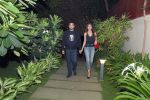 Shilpa Shetty with husband Raj Kundra at Jal restaurant in Juhu on 10th June 2016 (2)_575cdda06dbf3.jpg