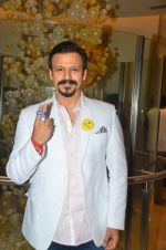 Vivek Oberoi at an event to support fight against Tobacco and Cancer and the cause in Mumbai on 11th June 2016 (106)_575d0e4f3a037.JPG
