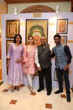 Priya Dutt at Nargis Dutt Foundation art event on 11th June 2016 (97)_575e43f6a750f.JPG