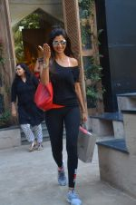 Shilpa Shetty snapped on 13th June 2016 (1)_575f7a45a7264.JPG