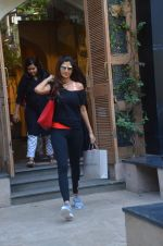 Shilpa Shetty snapped on 13th June 2016 (2)_575f7a47b567a.JPG