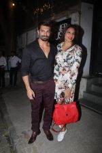 Bipasha Basu, Karan Singh Grover snapped at Corner House in Bandra on 14th June 2016 (5)_5760da2c68d33.JPG