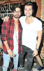 Vishal Singh with Hanif Hilal at Sana Khan