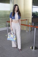 Evelyn Sharma snapped at airport on 15th June 2016