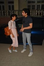 Kiran Rao, Ayan Mukerji snapped in Mumbai on 15th June 2016(9)_576241f9aa4ba.JPG