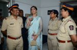 Sonam Kapoor at Neerja Bhanot tribute event at a school on 15th June 2016 (13)_57621933a6a14.JPG