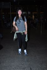 Ayesha Takia returns from vacation on 16th June 2016 (11)_576397c0ecd92.JPG
