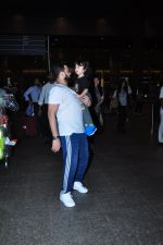 Ayesha Takia returns from vacation on 16th June 2016 (2)_576397b9e50b5.JPG