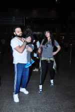 Ayesha Takia returns from vacation on 16th June 2016 (3)_576397ba95c10.JPG