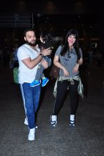 Ayesha Takia returns from vacation on 16th June 2016 (6)_576397bca4b3f.JPG