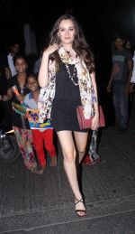 Evelyn Sharma snapped post dinner in Bandra on 16th June 2016