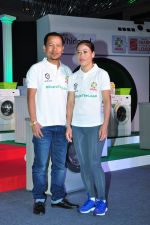 Mary Kom promotes for Ariel  detergent Powder on 16th June 2016 (17)_57639a85d67ad.JPG