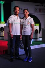 Mary Kom promotes for Ariel  detergent Powder on 16th June 2016 (22)_57639a8da432c.JPG
