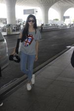 Mawra Hocane snapped at airport on 16th June 2016 (20)_57639947e443e.JPG