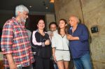 Pooja Bhatt, Mahesh Bhatt, Alia Bhatt, Vikram Bhatt, Vishesh Bhatt at Udta Punjab screening hosted by Alia Bhatt in Lightbox on 16th June 2016