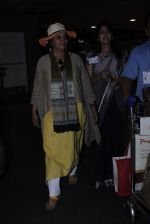 Shabana Azmi snapped at airport on 16th June 2016 (3)_57639955a23ee.JPG